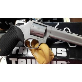 Taurus Tracker Competition  Pro cal.22LR