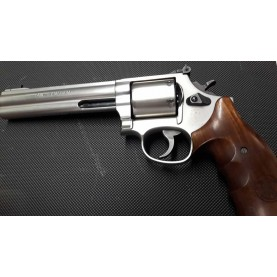 Smith & Wesson 686 International cal. 357 Magnum